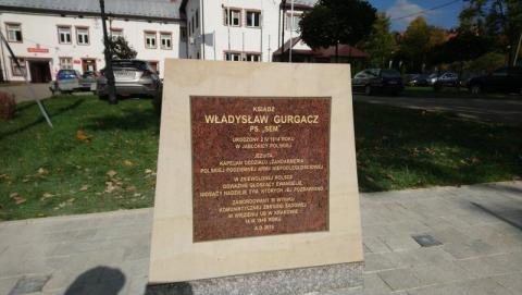 Pomnik ks. Władysława Gurgacza w Łabowej, fot. UG w Łabowej