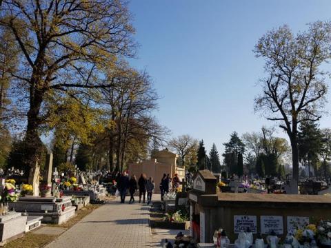 kto będzie zarządzał  sadeckimi cmentarzami?, fot. Iga Michalec