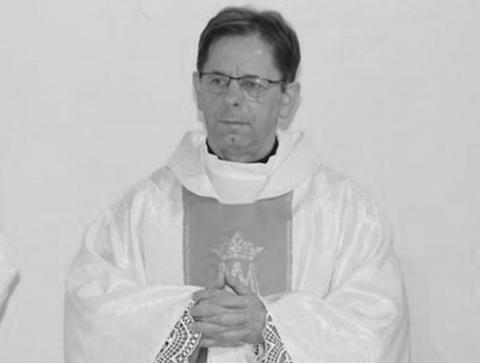 Zmarł ks. Antoni Piś z Męciny. Kapłan od dwóch tygodni walczył z koronawirusem