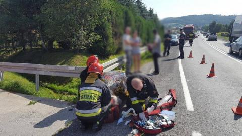Nastolatka potrąciło auto. Nie był winien a wlepili mu mandat. Jak to możliwe?