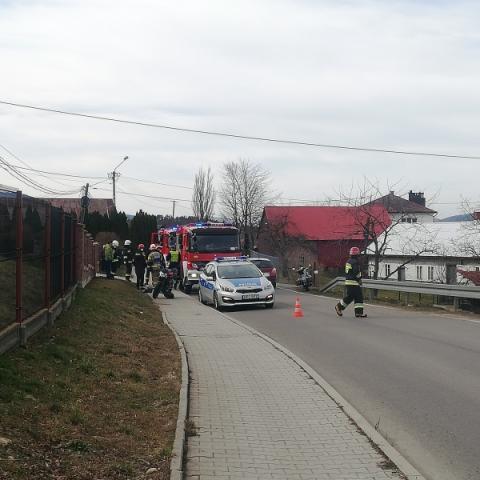 Dramatyczny wypadek w Starej Wsi. Motocyklista trafił do szpitala