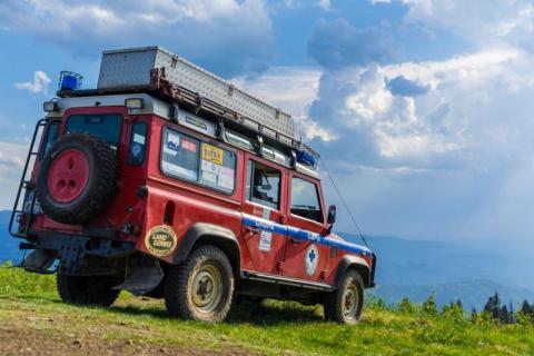 Wypadki w górach. Goprowcy ratowali rannych turystów