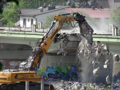 Jak burzyli i budowali most helleński. Przeżyjmy to ostatni raz [WIDEO]