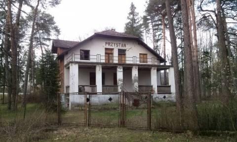 Nawiedzony dom szuka nowych właścicieli. Ma 78 lat i niejedno już widział