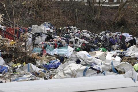 Znowu się sypie sprawa ze śmieciami w gminie Chełmiec?