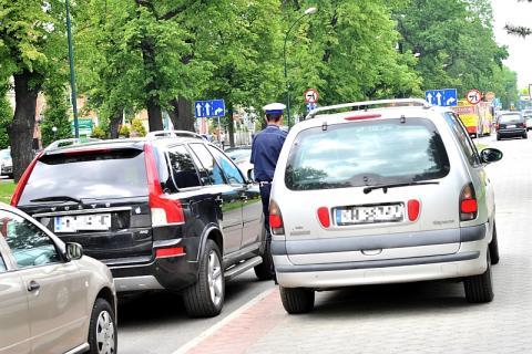 mandaty za parkowanie