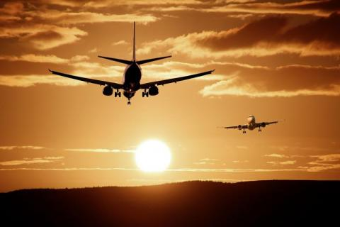 Włoskie linie lotnicze zmagają się z poważnymi problemami. Kto uratuje Alitalię?