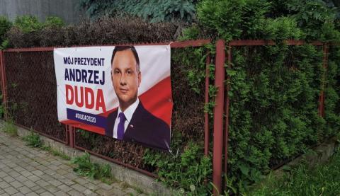 Andrzej Duda baner płot Nowy Sącz wybory prezydenckie 2020