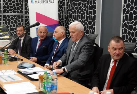 Chełmiec czekają mega inwestycje na drogach powiatowych