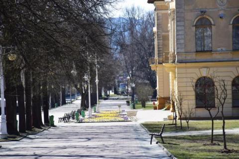 W prezydenckich wyborach frekwencyjna średnia  Małopolsce z godziny dwunastej wyniosła 25, 32 procent. Jak na tym tle wyglądają wyniki dwóch uzdrowiskowych gmin  Krynicy i Muszyny. Gdzie głosują tez kuracjusze?