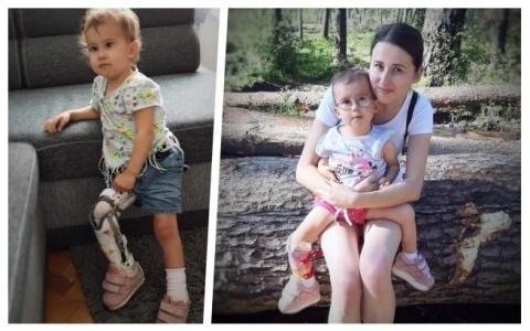 Róża walczy o dzieciństwo bez bólu. Jeśli nie pomożemy jej, czeka ją amputacja
