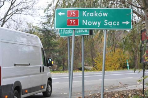 Czy sądecki marszałek Witold Kozłowski pilnuje budowy drogi do Brzeska?