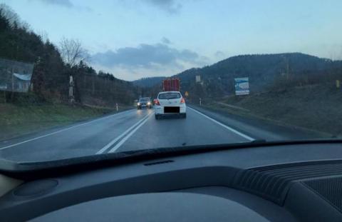 Ręce opadają. Nowa udręka dla kierowców na trasie z Nowego Sącza do Brzeska
