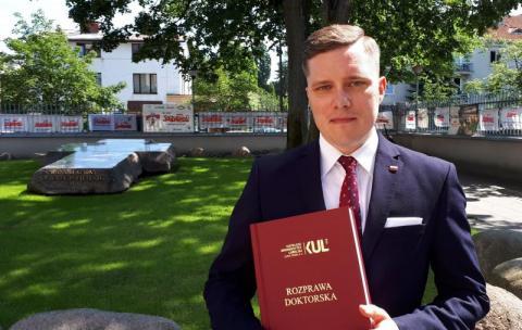 Grzegorz K. Szczecina doktorem historii Kościoła