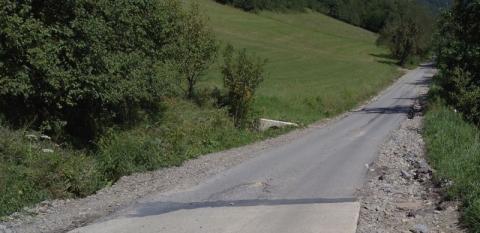 Korzenna: te drogi od lat wymagają remontu. W końcu znalazły się pieniądze