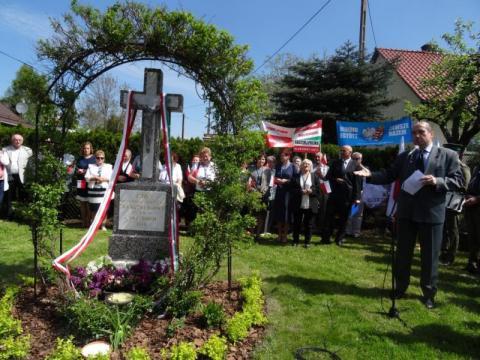 Pomnik dziękczynny przy ul. Grunwaldzkiej w Nowym Sączu, fot. Iga Michalec