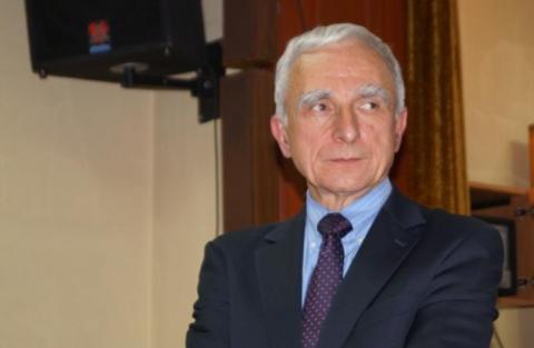 Superminister  Naimski przegrał w Warszawie, bo nie startował w Nowym Sączu?
