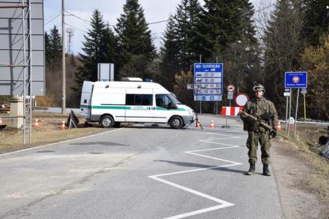 Leluchów, Muszynka: zamknięcie granic ze Słowacją przedłużone do 13 maja