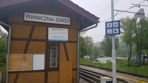 Z pociągów góry są na wyciągnięcie ręki, ale turyści chyba tego nie wiedzą