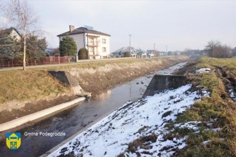 """Najgroźniejsze """"wodne zmory"""" w Podegrodziu są już uregulowane"""