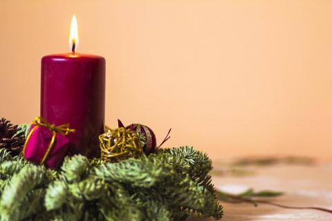 Porady na święta: czego i jak życzyć podczas łamania się opłatkiem?