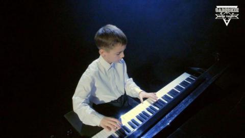 Sądeckie Młode Talenty: Hubert Pławecki to młody wirtuoz. Kocha grać na fortepianie
