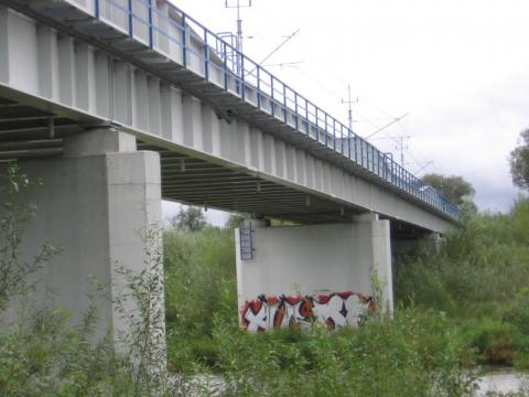 most kolejowy na Popradzie