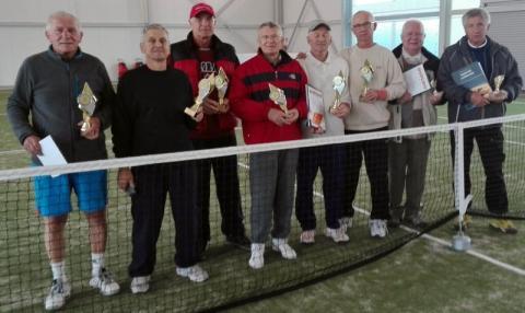 Mieli 130 lat i zagrali W Białej Niżnej w tenisa!