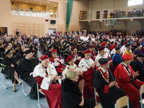 Uroczysta inauguracja w sądeckiej PWSZ. Studenci rozpoczęli nowy rok akademicki