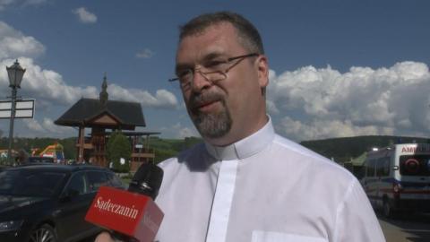 Starosądeckie Błonie i ołtarz papieski: tu najmocniej czuć ducha naszego regionu
