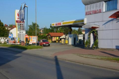 śmierć na stacji benzynowej