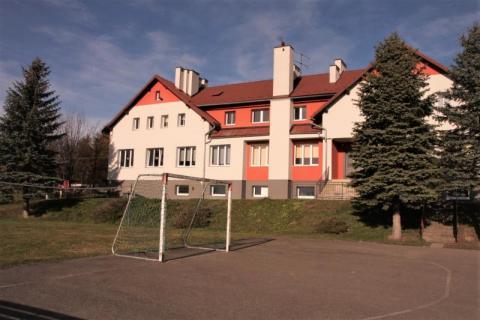 Rusza budowa sali gimnastycznej w Miłkowej. Będzie nowe boisko i siłownia