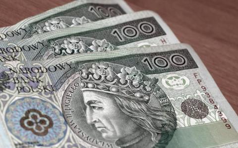 Masz prawo do godziwego wynagrodzenia. Ile właściwie wynosi taka pensja?
