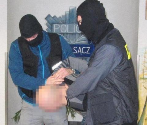 Napad na jubilera brata prezydenta Nowaka: sprawca zatrzymany a właściciel dowiaduje się o tym… z mediów