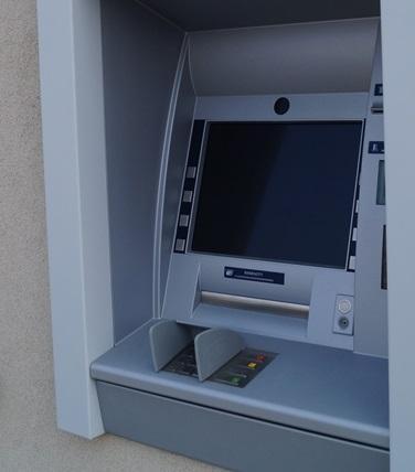 uszkodzony bankomat, fot. arch. Sadeczanin.info