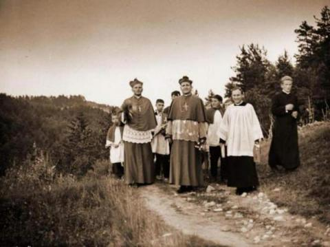 14. rocznica śmierci Jana Pawła II i niezwykła stara fotografia z Sądecczyzny