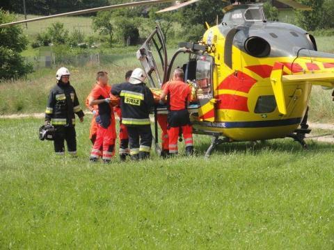 Tragiczny wypadek w Szczawie. Pięć osób jest rannych. Jedna była reanimowana