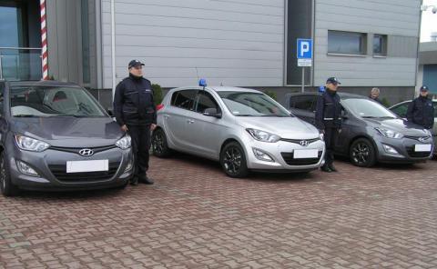 Podegrodzie dokłada się do samochodu dla policji ze Starego Sącza