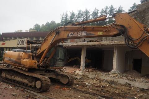 Limanowa: Trwa remont Limanowskiego Domu Kultury. Powstanie tu luksusowy budynek