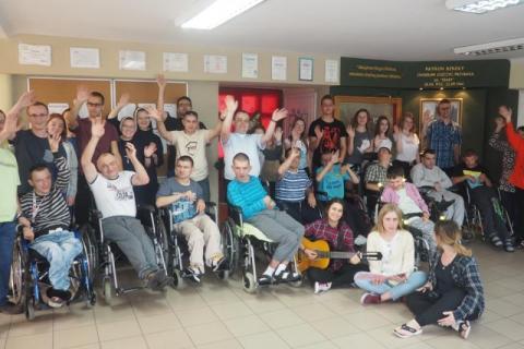 Niepełnosprawni z całej Polski przyjechali do Kąclowej [WIDEO]