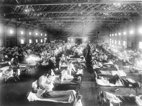 Pandemia grypy hiszpanki - szpital polowy w USA..jpg
