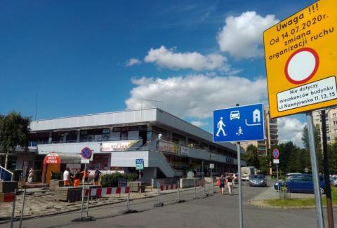 """Koniec z zostawianiem aut. Zamknięty parking  na """"Słoneczku"""""""