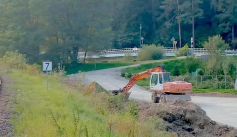 czytaj też:czytaj też:fot. małopolski oddział GDDKiA.57,5 miliona za około 1,8 kilometra drogi! Chełmiec na to czekał od lat Legalizacyjne pozwolenia budowy VeloKrynica, ostatnia prosta do jej rozliczenia