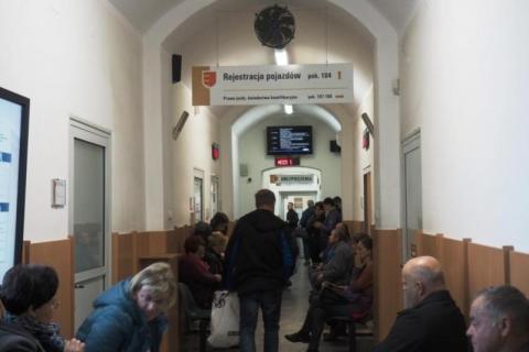 CEPIK2 znów widzi gminę Chełmiec a mieszkańcy mogą rejestrować auta