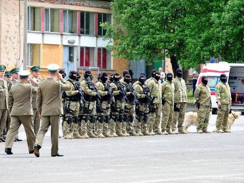 55 funkcjonariuszy Straży Granicznej wróciło wczoraj (03. 12.) z misji na granicy serbsko-węgierskiej