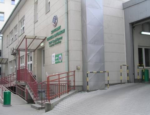 Przez ŚDM nie można wjechać na teren szpitala ze złamaną nogą?
