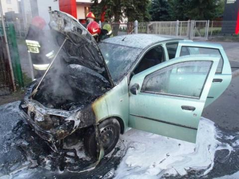 Samochód palił się na Węgierskiej