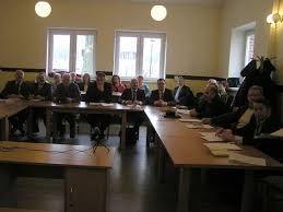 radni pracują teraz nad projektem w poszczególnych komisjach