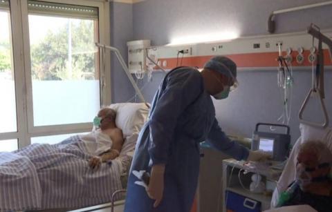 Czy w Małopolsce wystarczy w szpitalach covidowych łożek