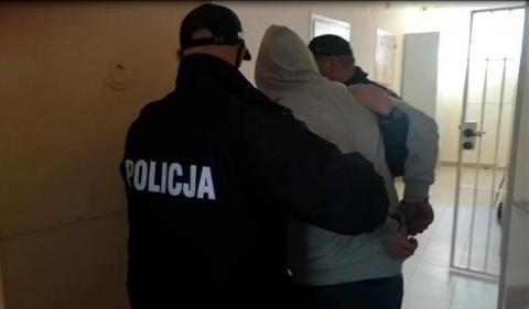 Napad w biały dzień w centrum krynickiego uzdrowiska. 28-latek trafił za kraty
